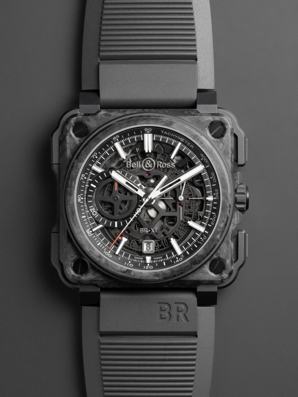 BR-X1-Carbone-Forgé-Grey-Bg.tiff-b-800